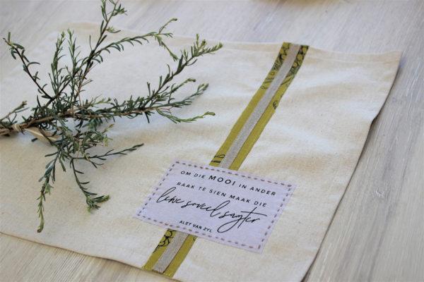 Tray Cloth Hartsgoed